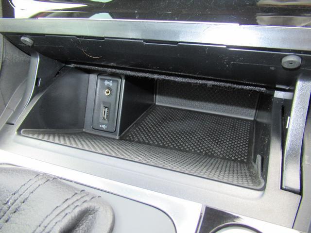 TSIハイライン NAVI BC ETC アルミホイール リアビューカメラ ハンズフリーシステム ドライバー疲労検知システム 後方死角検知機能 ブレーキアシスト レインセンサー ドライブレコーダー スポーツシート CD(24枚目)