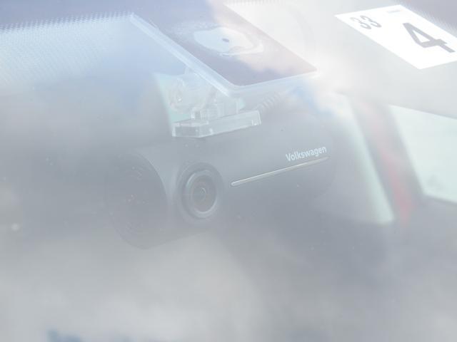 TSIハイライン NAVI BC ETC アルミホイール リアビューカメラ ハンズフリーシステム ドライバー疲労検知システム 後方死角検知機能 ブレーキアシスト レインセンサー ドライブレコーダー スポーツシート CD(50枚目)