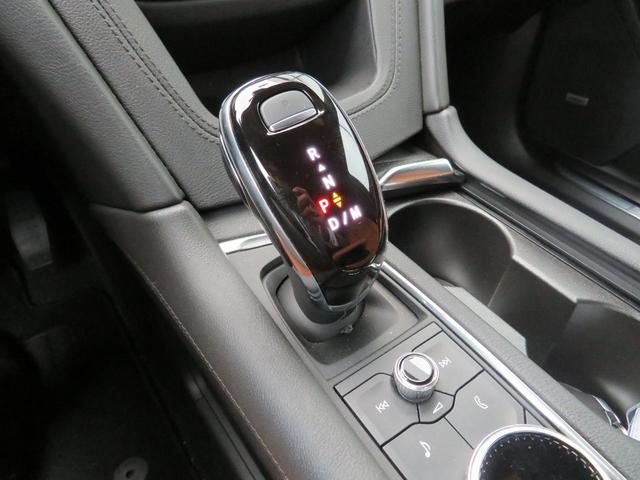 プレミアム ワンオーナー車 薄茶レザーシート ヒーター・クーラー付き 電動リアゲート(14枚目)