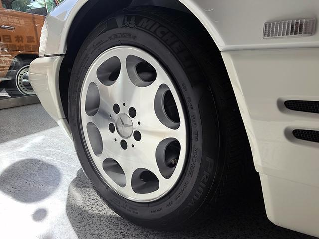メルセデス・ベンツ M・ベンツ SL320