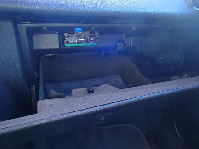 2.0 ツインスパーク 16V 左ハンドル ディーラー車(10枚目)
