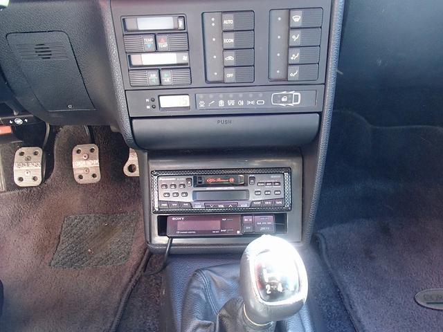 2.0 ツインスパーク 16V 左ハンドル ディーラー車(11枚目)