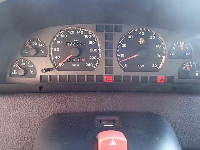 2.0 ツインスパーク 16V 左ハンドル ディーラー車(16枚目)