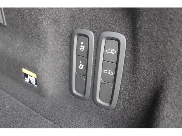 「ボルボ」「ボルボ XC60」「SUV・クロカン」「神奈川県」の中古車12