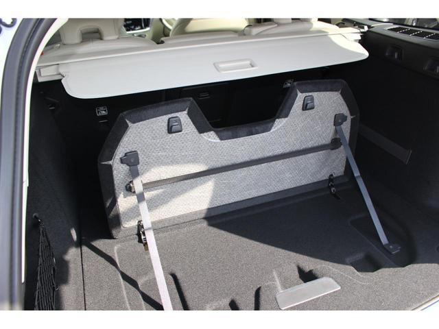 クロスカントリー T5 AWD レザーパッケージ インテリセーフ16 ナビ 360°カメラ パワーテールゲート(9枚目)