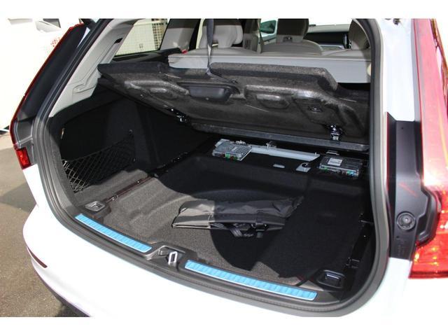 クロスカントリー T5 AWD レザーパッケージ インテリセーフ16 ナビ 360°カメラ パワーテールゲート(10枚目)