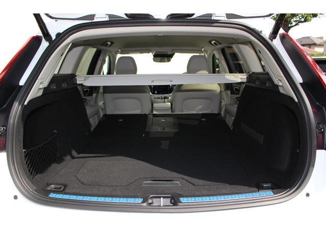 クロスカントリー T5 AWD レザーパッケージ インテリセーフ16 ナビ 360°カメラ パワーテールゲート(12枚目)