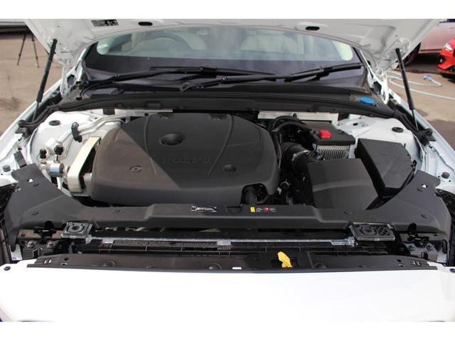 クロスカントリー T5 AWD レザーパッケージ インテリセーフ16 ナビ 360°カメラ パワーテールゲート(39枚目)