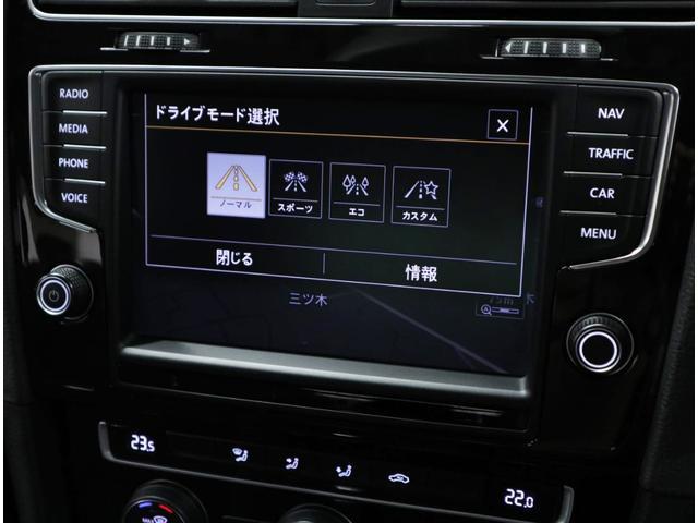 エンジンやシフトのプログラムをはじめ、エンジン音までの様々な機能の設定を最適化させることで、お好みのドライビングスタイルが得られる「ドライビング・プロファイル機能」を標準装備。
