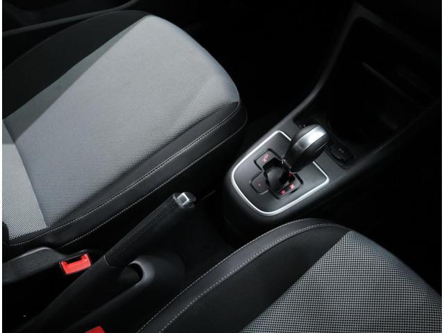 「フォルクスワーゲン」「VW アップ!」「コンパクトカー」「東京都」の中古車52