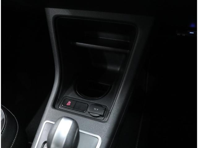 「フォルクスワーゲン」「VW アップ!」「コンパクトカー」「東京都」の中古車54