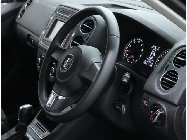 「フォルクスワーゲン」「VW ティグアン」「SUV・クロカン」「東京都」の中古車49