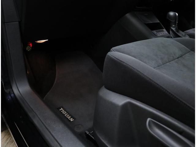 「フォルクスワーゲン」「VW ティグアン」「SUV・クロカン」「東京都」の中古車53