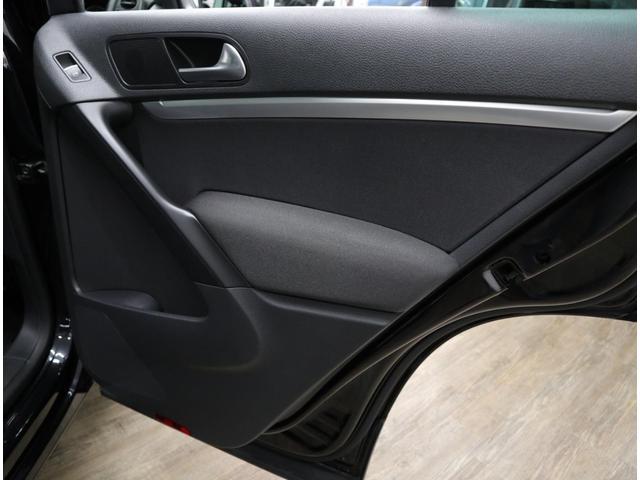 「フォルクスワーゲン」「VW ティグアン」「SUV・クロカン」「東京都」の中古車78