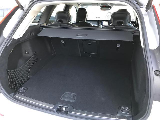 D4 AWD モーメンタム 当社使用車 クライメートパッケージ(20枚目)