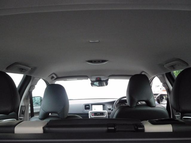 ボルボ ボルボ V60 T5 AWD SE