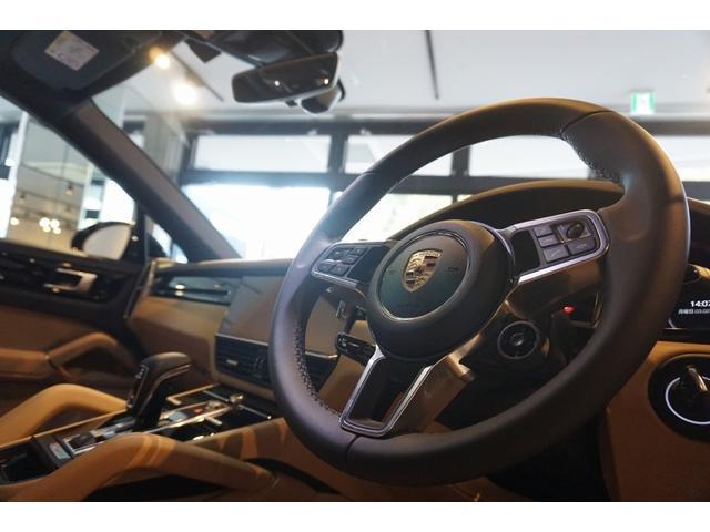 ティプトロニックS 4WD カイエンクーペ 正規D車 禁煙車(29枚目)