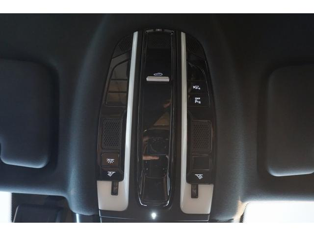 ティプトロニックS 4WD カイエンクーペ 正規D車 禁煙車(54枚目)