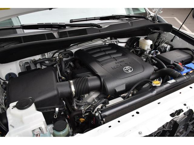 SR5プレミアム 4x4 新車並行  8インチナビ(16枚目)