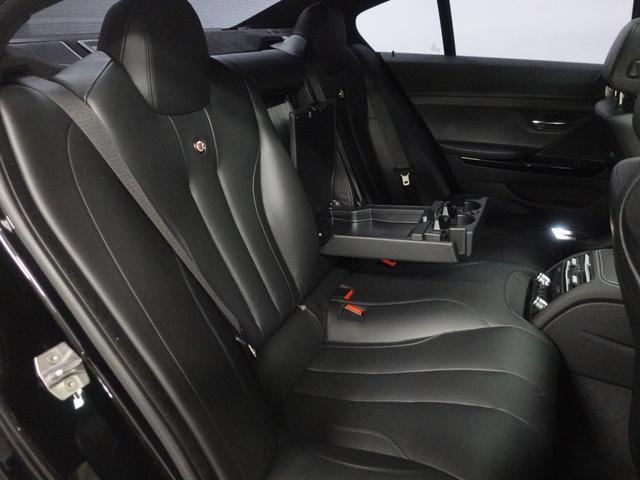 快適性を備えたサスペンション・パッケージによる良好な長距離ドライブの実現をしています。