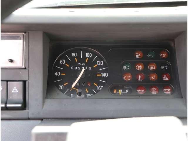 GTL 5速マニュアル 左ハンドル ガソリン1.4L(11枚目)