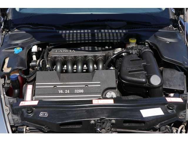 3.2 V6 フラウレザー内装 新車並行車 キーレス(19枚目)