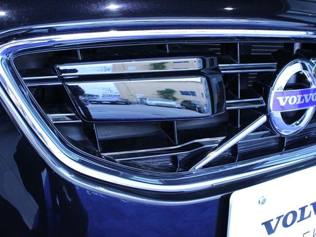 ボルボ ボルボ V40 T5 Rデザイン 本革 純正HDDナビTV Bカメラ
