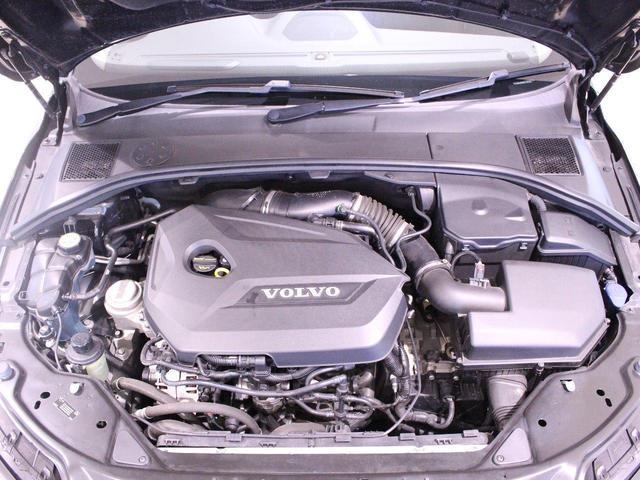1.6リッター水冷直列4気筒DOHC16バルブICターボエンジン!
