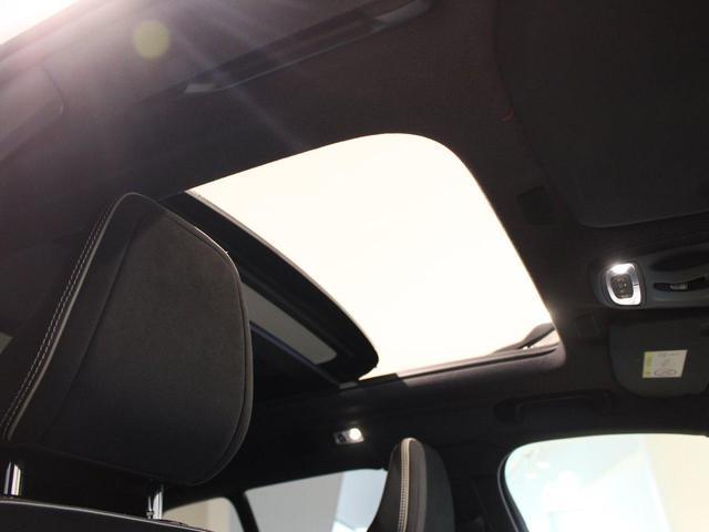 T5 AWD Rデザイン パノラマサンルーフ 地デジチューナー バックカメラ インテリセーフ ワンオーナー禁煙車 20インチアルミ(18枚目)
