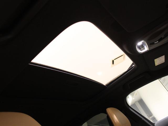 T6 AWD インスクリプション 限定500台 ワンオーナー禁煙車 サンルーフ B&Wプレミアムサウンド 電動トランクオープナー スーパーチャージャー&ターボチャージャー(12枚目)
