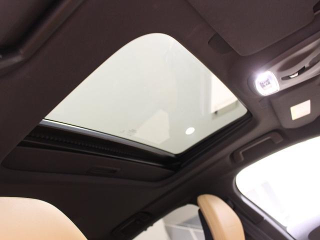 T6 AWD インスクリプション 限定500台 ワンオーナー禁煙車 サンルーフ B&Wプレミアムサウンド 電動トランクオープナー スーパーチャージャー&ターボチャージャー(14枚目)