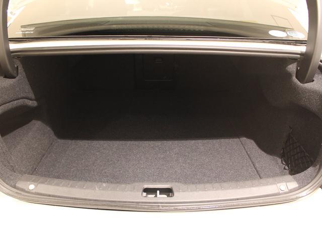 T6 AWD インスクリプション 限定500台 ワンオーナー禁煙車 サンルーフ B&Wプレミアムサウンド 電動トランクオープナー スーパーチャージャー&ターボチャージャー(28枚目)