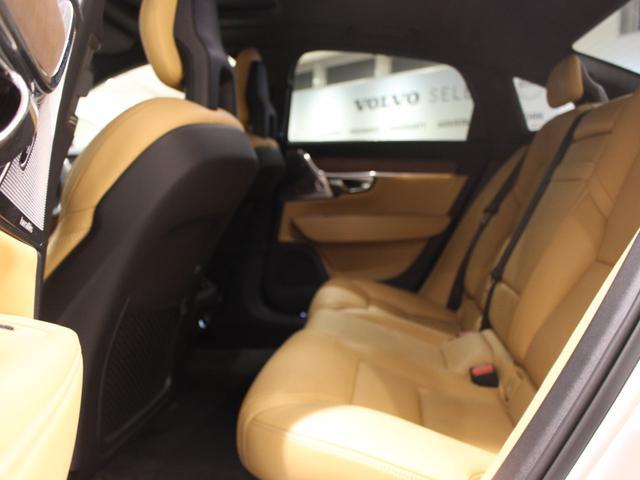 T6 AWD インスクリプション 限定500台 ワンオーナー禁煙車 サンルーフ B&Wプレミアムサウンド 電動トランクオープナー スーパーチャージャー&ターボチャージャー(30枚目)