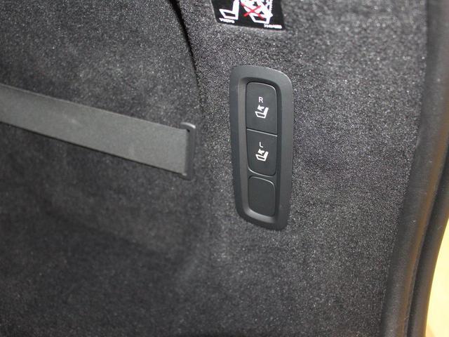 T6 AWD インスクリプション ワンオーナー禁煙車 パノラマサンルーフ パワーテールゲート 純正ホイールあり(30枚目)