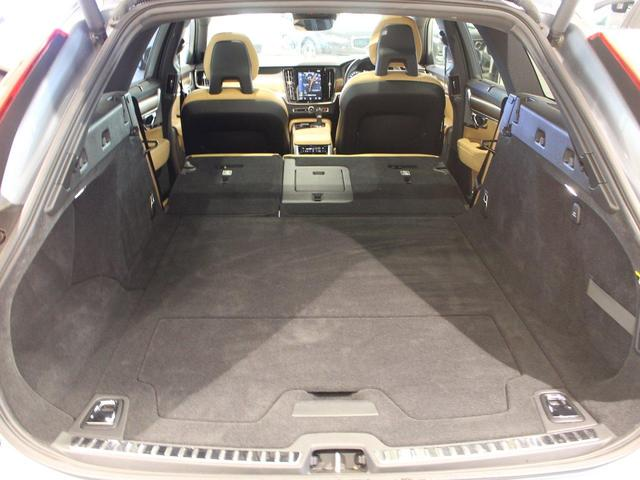 T6 AWD インスクリプション ワンオーナー禁煙車 パノラマサンルーフ パワーテールゲート 純正ホイールあり(31枚目)