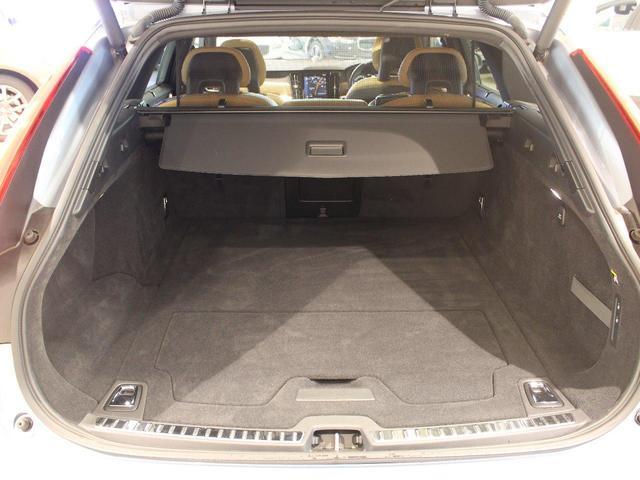 T6 AWD インスクリプション ワンオーナー禁煙車 パノラマサンルーフ パワーテールゲート 純正ホイールあり(32枚目)