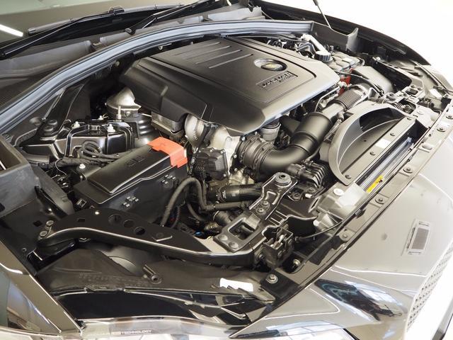 ジャガー ジャガー Fペース R-スポーツ 英ソリハル工場生産