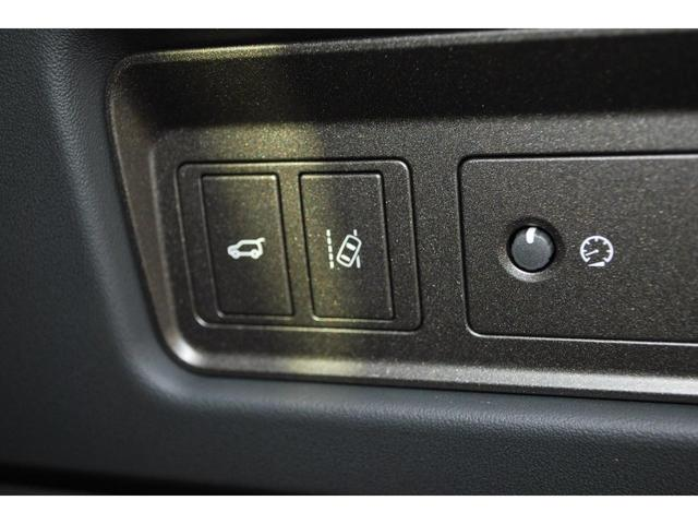 SE 弊社ユーザー下取 禁煙車 認定中古車 テクノロジーパック ブラックコントラストルーフ レーンデパーチャーワーニング シートヒーター 360度カメラ パーキングエイド(24枚目)