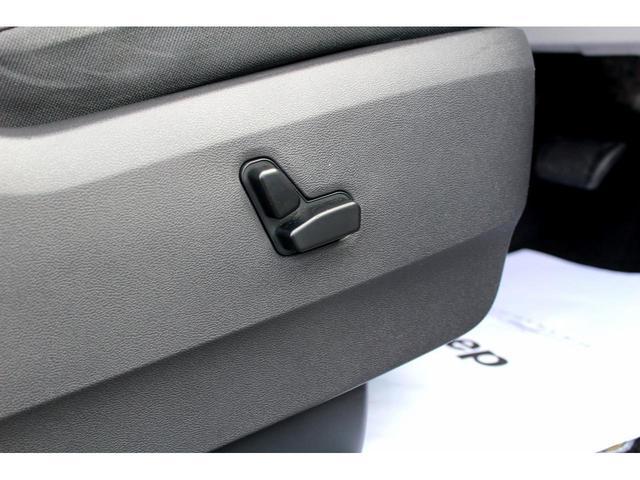 クライスラー クライスラー グランドボイジャー ツーリング 両側電動ドア ストラーダHDDナビ ETC