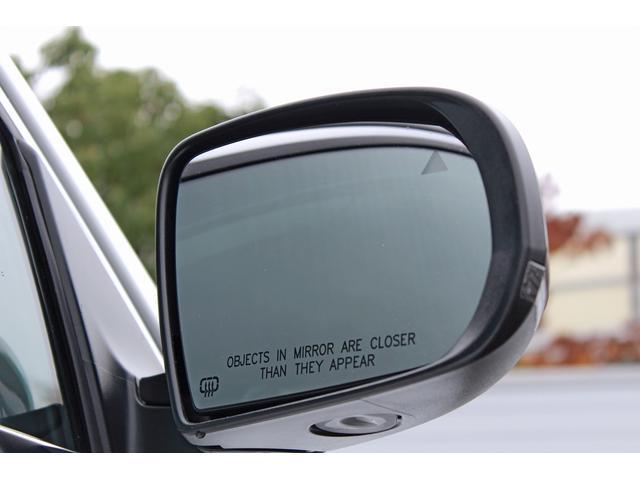 クライスラー・ジープ クライスラージープ チェロキー リミテッド 当店デモカー 本革 ACC BSM LDW