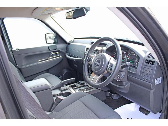 クライスラー・ジープ クライスラージープ チェロキー スポーツクロス 4WD 正規D車 Pシート Cソナ 記録簿