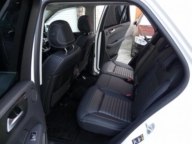 GLE350d 4マチックスポーツ パノラマ 黒革 新車保証(17枚目)