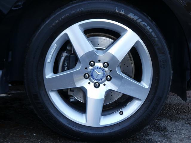 純正HDDナビ・CD(ミュージックレジスター)・地デジ・ETC付!! 実用性と先進性を兼ね揃えた人気車輌をお届け致します!!