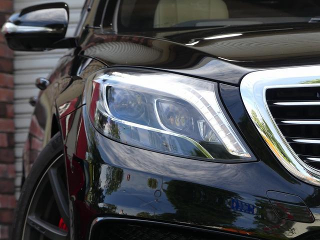S63 AMGロング AMGダイナミックPKG 右H正規D車 パノラマSR ポーセレン革 全席シートヒーター&ベンチレーター Burmester 全周カメラ&ナイトビュー HUD RSP 赤キャリパー&専用20インチAW 社外トランクスポイラー(4枚目)