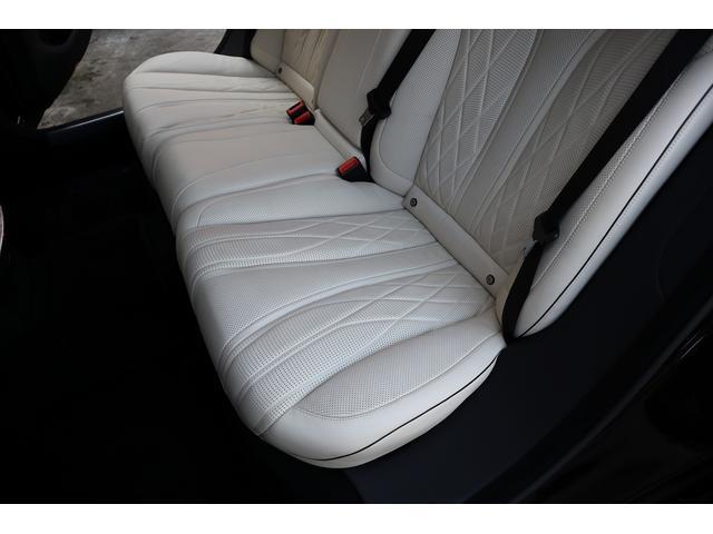S63 AMGロング AMGダイナミックPKG 右H正規D車 パノラマSR ポーセレン革 全席シートヒーター&ベンチレーター Burmester 全周カメラ&ナイトビュー HUD RSP 赤キャリパー&専用20インチAW 社外トランクスポイラー(26枚目)