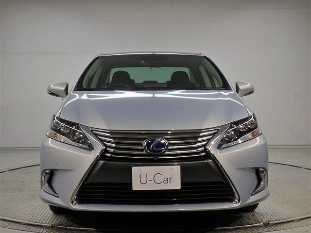 お客様のお車に万一の不具合が生じた場合、保証書に基づいて1年間走行距離無制限で無料修理を行います。