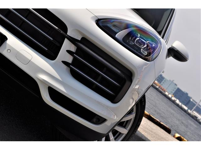 新型カイエンベース左ハンドル自社新車ファクトリーフルオーダー(5枚目)