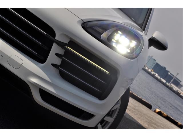 新型カイエンベース左ハンドル自社新車ファクトリーフルオーダー(12枚目)