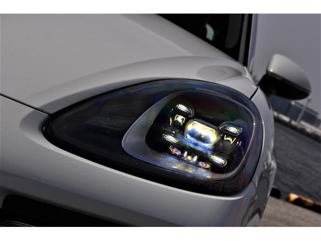 新型カイエンベース左ハンドル自社新車ファクトリーフルオーダー(13枚目)