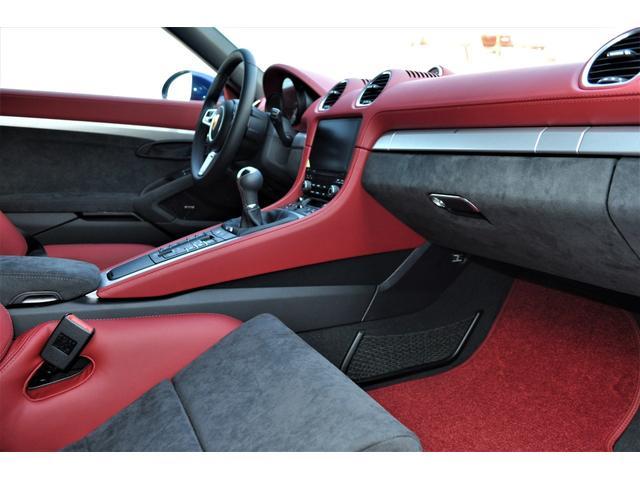 「ポルシェ」「718スパイダー」「オープンカー」「神奈川県」の中古車8